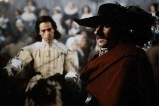 the main theme in cyrano de bergerac by edmond rostand Keep reading to discover the major themes in  the major themes in cyrano de  bergerac, along with an analysis of edmond rostand's dramatic masterpiece.